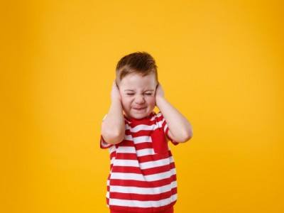 cocuklarda-orta-kulak-problemlerinde-ostaki-tupune-balon-uygulanmasi